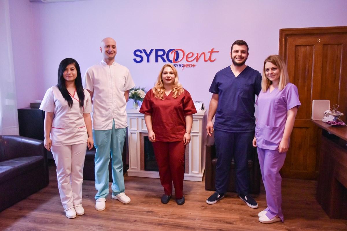 Echipa Clinicii Syrodent - Servicii odontoterapie