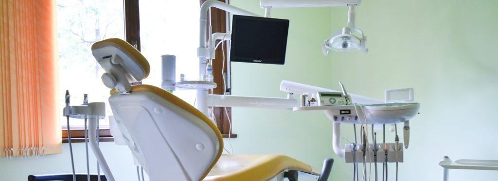 Servicii de odontoterapie - Clinica SyroDent Bucuresti