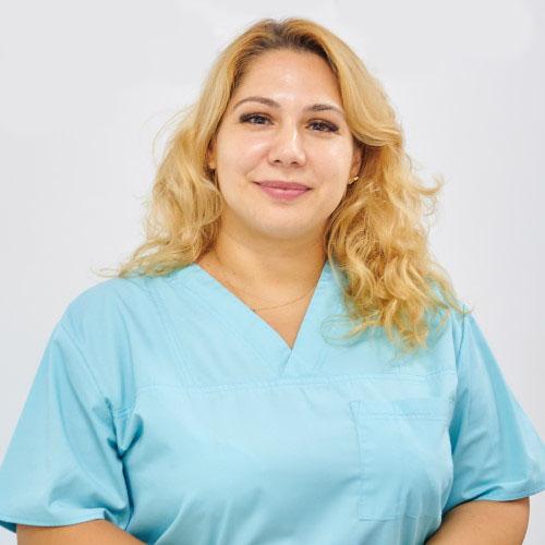 Dr. Carnu Raluca - medic stomatolog SyroDent București