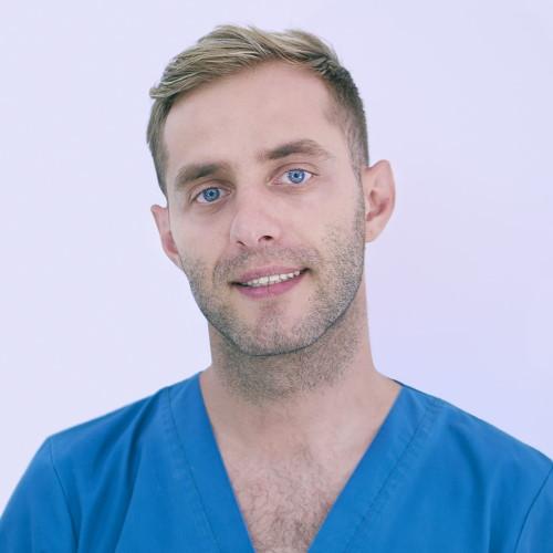 Dr. Ionut Mocanu - medic stomatolog clinica Syrodent București